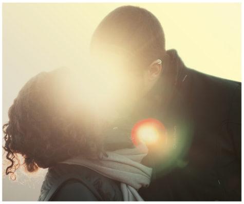 Podpowiadamy, jak się ubrać nawalentynkową randkę